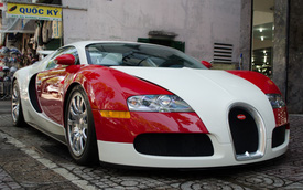 [VIDEO] Vất vả đưa Bugatti Veyron độc nhất Việt Nam vào showroom vì gầm xe quá thấp