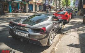 Bộ đôi siêu xe Ferrari làm đẹp đón Tết tại Sài Gòn