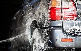 """Vì sao với xe tự lái, rửa xe cũng là """"cơn ác mộng""""?"""