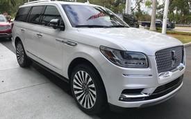 SUV dạng limousine Lincoln Navigator L Black Label về Việt Nam sẽ có giá ngang Lexus LX570