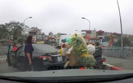 Hà Nội: Người phụ nữ nếu quay đầu xe trên cầu có thể bị phạt tới 1,2 triệu đồng