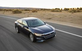 Nằm giữa Civic và Accord, Honda Insight 2019 chỉ ăn xăng 4,2 lít/100 km