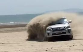 Đại gia Quảng Ninh drift Lexus LX570 trên bãi biển như dân chơi Dubai