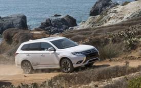 Mitsubishi Outlander sẽ ngày càng giống Nissan X-Trail