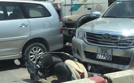 """Dân mạng """"đau đầu"""" tìm nguyên nhân vụ tai nạn liên hoàn giữa 6 xe ở ngã 4 Cổ Nhuế"""