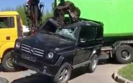 Nổi tiếng cứng cáp và đây là cách Mercedes-Benz G-Class bị phá nát