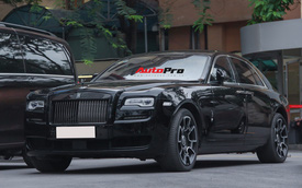 Khám phá chi tiết Rolls-Royce Ghost Black Badge EWB độc nhất Việt Nam