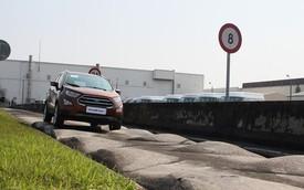 """Doanh nghiệp ô tô """"méo mặt"""" vì không có đất làm đường thử xe"""