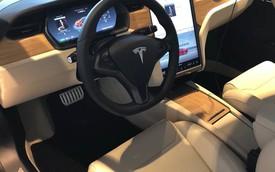 Lỗi hệ thống của Tesla đã sản sinh ra chiếc Model S có nội thất độc nhất vô nhị này