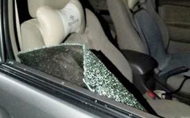Dừng xe ở bên đường, đại gia bị trộm đập kính xe lấy trộm gần 3 tỷ đồng