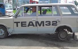 Sau xe đi giày, thợ Nga còn dùng 10 lò xo làm lốp