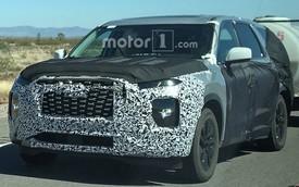 SUV 8 chỗ Hyundai Palisade lộ diện với đầu xe mới