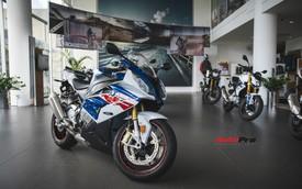 Rẻ hơn cả trăm triệu đồng, BMW S1000RR dưới thời THACO có gì khác biệt?