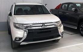 Giữa đợt nắng kỷ lục, Mitsubishi Outlander giảm 51 triệu đồng, tặng cửa gió điều hoà sau cho khách Việt