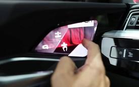 """Clip: """"Gương ảo"""" trong nội thất hiện đại nhất của Audi vận hành như thế nào?"""