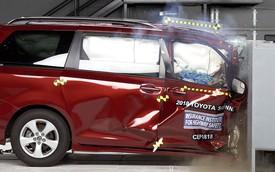 3 minivan hàng đầu đọ điểm an toàn, Toyota Sienna thấp nhất