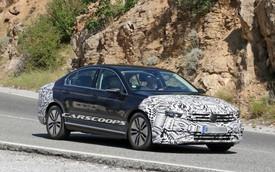 Volkswagen Passat 2019 có gì nổi bật để cạnh tranh Toyota Camry?