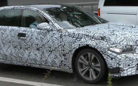 Mercedes-Benz S-Class mới sử dụng màn hình cong?