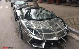 Lamborghini Aventador Roadster độ phong cách Tron Legacy chrome chói chang tại Hà Nội