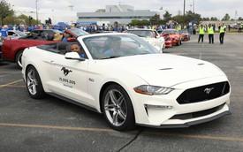 Chiếc Ford Mustang thứ 10 triệu được mòn mỏi trông chờ đã xuất hiện
