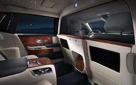 Thượng khách đã có thể làm việc riêng tư trên hàng sau Rolls-Royce nhờ tính năng này