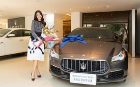 Á Hậu Thuý Vân sắm Maserati Quattroporte hàng hiếm với nội thất làm từ lụa