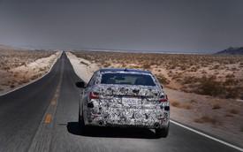 """Xe bán chạy BMW 3-Series 2019 bị """"hành xác"""" như thế nào trước khi ra mắt?"""