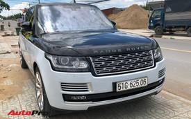 Range Rover SVAutobiography LWB hàng hiếm hai tông màu tại Sài Gòn