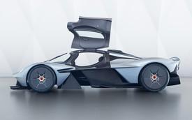 Siêu xe Aston Martin Valkyrie chưa sản xuất xong đã có người rao bán lại
