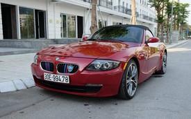 Xe kén khách BMW Z4 giá hơn 700 triệu đồng sau 10 năm sử dụng