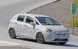 Honda Jazz 2020 lần đầu lộ diện, thách thức Toyota Yaris