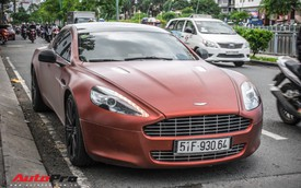 """Dân chơi Sài Gòn đổi màu độc """"nữ hoàng"""" Aston Martin Rapide"""