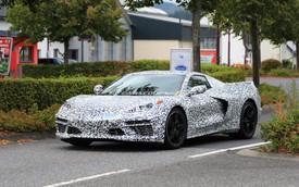 Đây chính là Chevrolet Corvette thế hệ kế tiếp: Đầu xe hao hao Lamborghini