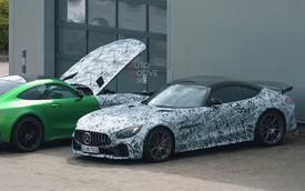 Liệu đây có phải là Mercedes-AMG GT Black Series: Tiệm cận siêu xe?