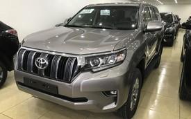 """""""Cháy hàng"""" chính hãng, Toyota Prado 2018 bị tuồn ra đại lý tư nhân"""