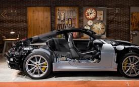 Cách phức tạp này cũng là cách duy nhất để người dùng nhìn thấy động cơ Porsche 911 mới
