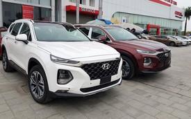 Hyundai Santa Fe 2019 full option giá cao hơn 1,3 tỷ thiếu vắng tại đại lý khiến nhiều khách hàng hụt hẫng