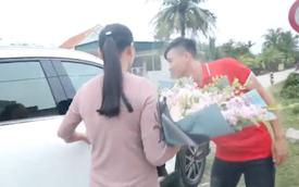 Sau Asian Cup 2019, Phan Văn Đức tặng mẹ chiếc Mazda CX-5, tiết lộ lý do chọn ô tô chứ không phải món quà khác