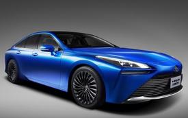 Nhìn rất Lexus mà lại là Toyota nhưng đại gia Việt cũng ít có cơ hội sở hữu mẫu xe này