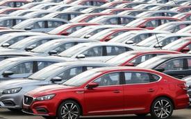 """Thị trường xe Trung Quốc rơi vào thế """"bất khả cứu"""", có tháng lao dốc thứ 15 liên tiếp"""