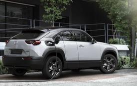 Fan nghĩ một đằng, Mazda làm một nẻo với động cơ xoay