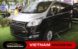 Những chiếc Ford Tourneo bản đặc biệt chào hàng nhà giàu Việt, giá cao nhất gần 2 tỷ đồng