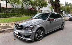 Sở hữu màu 'xi-măng' đang 'hot', Mercedes-Benz C300 AMG Plus chạy lướt bán lại rẻ ngang Toyota Altis