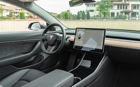 Những trải nghiệm độc lạ bên trong chiếc Tesla Model 3 không phải ai cũng biết