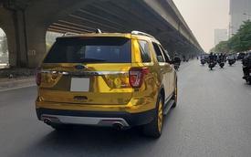 Ford Explorer dán decal mang đậm phong cách dân chơi Trung Đông