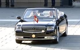 Xem Toyota Century mui trần đồng hành cùng tân Nhật hoàng trong lễ đăng quang