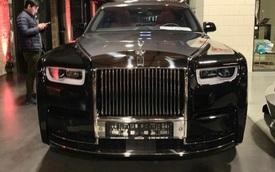 Sedan siêu sang Rolls-Royce Phantom VIII nhập Lào về Việt Nam giá chỉ hơn 16 tỷ đồng