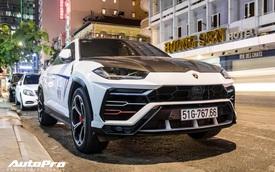Bắt gặp Minh 'nhựa' lấy Lamborghini Urus độc nhất Việt Nam chở vợ đi chơi đêm