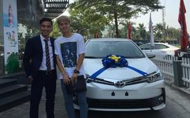 Đại lý bác bỏ thông tin Văn Toàn mua Toyota Corolla Altis