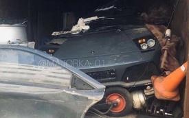 'Xót xa' với siêu xe Lamborghini Murcielago LP640-4 bị bỏ rơi trong nhà kho